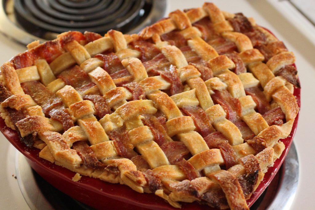 פאי תפוחים וקנאביס, apple pie' cannabis aplle pie
